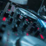 Mobildiskotek / DJ til skolefest